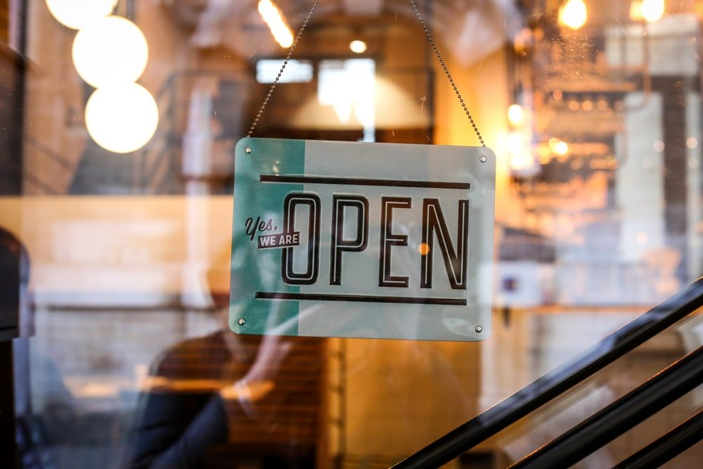 Background Screening: Hospitality and Retail